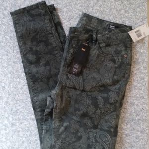 Buffalo David Bitton Faith Mid-Rise NWT Size 27